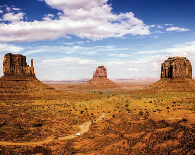 monument-valley-arizona-utah